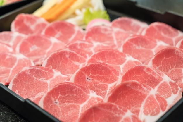 fresh-sliced-pork_1339-6856